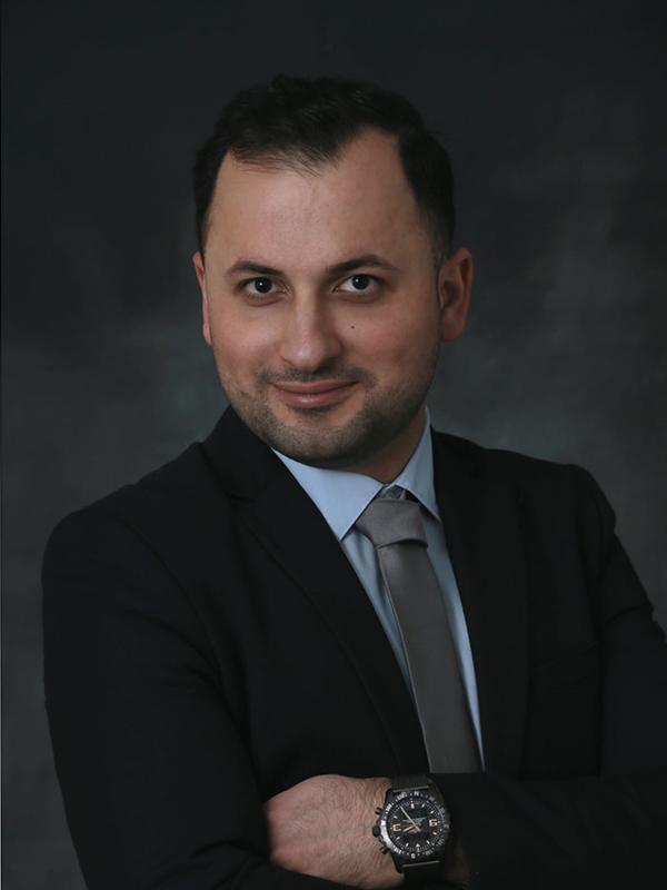 Herr Marwan Takiyan- Gebäudereinigermeister Mt Gebäudeservice